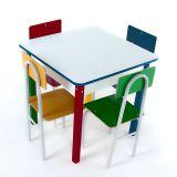 Mesa Com 4 Cadeiras - Cadeiras De Ferro - Caixa De Papelão Colorido Carlu Brinquedos