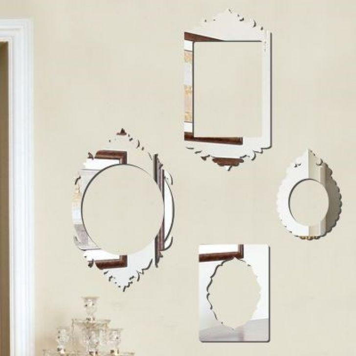 Espelho Decorativo em Acrílico Molduras Clássicas DESCONTO DE R$: 115,70 (43,33% OFF) - OFERTA MOBLY