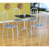 Conjunto Mesa Malaga E 4 Cadeiras Madri Branco E Branco Floral