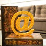 Símbolo Decorativo Arroba Amarelo - Geton Concept