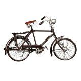 Enfeite Bicicleta M com Metal Prata c/ Marrom