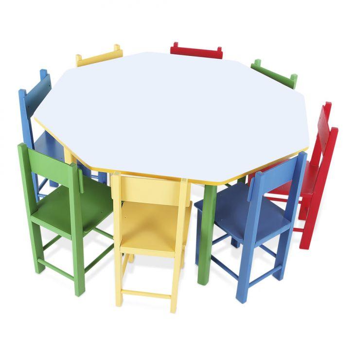 Mesa Oitavada Com 8 Cadeiras De Madeira Coloridas